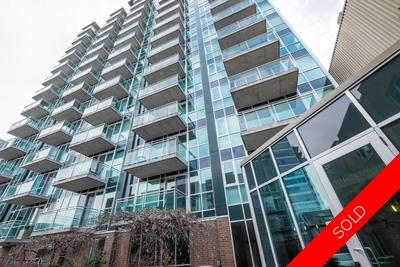 Byward Market/LOWERTOWN Apartment for sale: York Plaza 2 Bed + Den  Hardwood Floors 970 sq.ft. (Listed 2018-08-22)