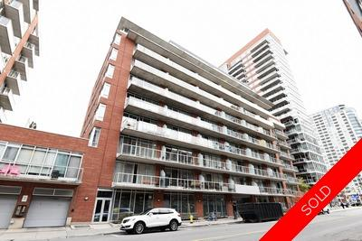 Lower town-Byward Market Condo for sale:  2 Bed + Den  Stainless Steel Appliances  (Listed 2018-10-31)